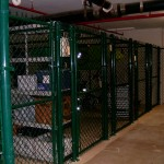 GREEN CHAIN LINK CAGE