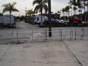 CUSTOM MADE ROLING GATE