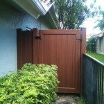 WOOD GRAIN PVC FENCE  (1)